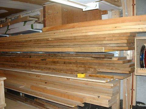 rangement du bois. Black Bedroom Furniture Sets. Home Design Ideas